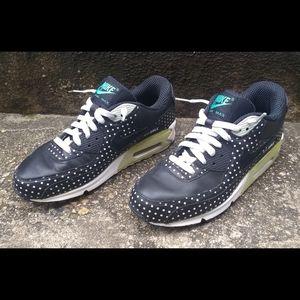 Nike Air Max 90 Premium+ size 8
